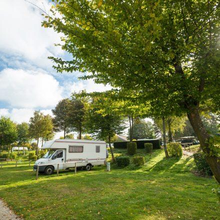 camping_unten_sonne_r