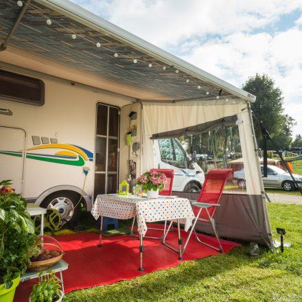 campingwagen_tisch