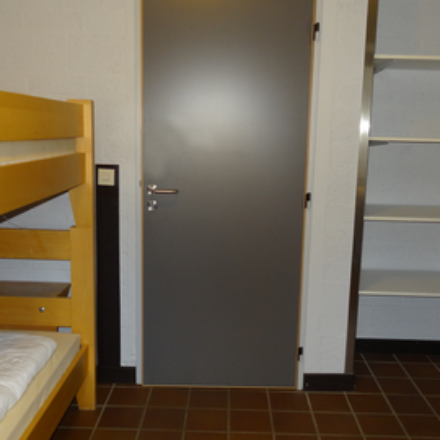 rsz_worriken_ferienhaus_8-10_schlafzimmer_3